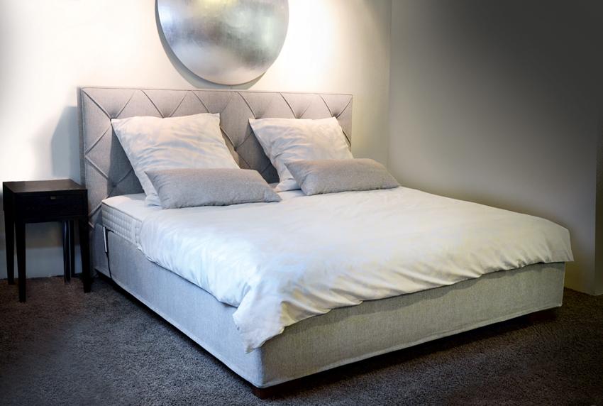 schramm showroom ausstellung m nchen betten klobeck. Black Bedroom Furniture Sets. Home Design Ideas